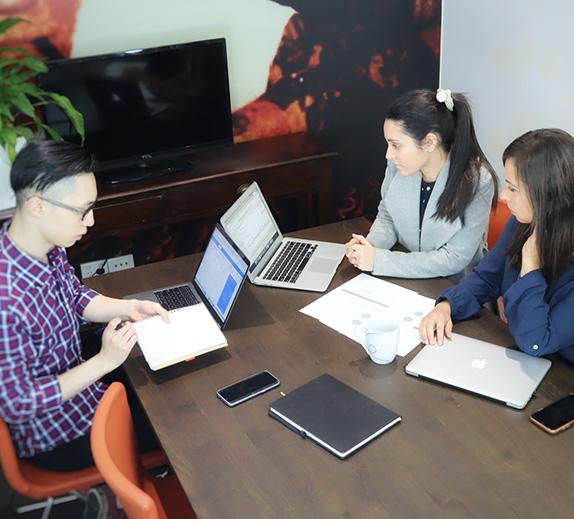 SEO Strategy Team img